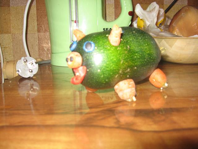 Поделка из кабачка зеленого 31